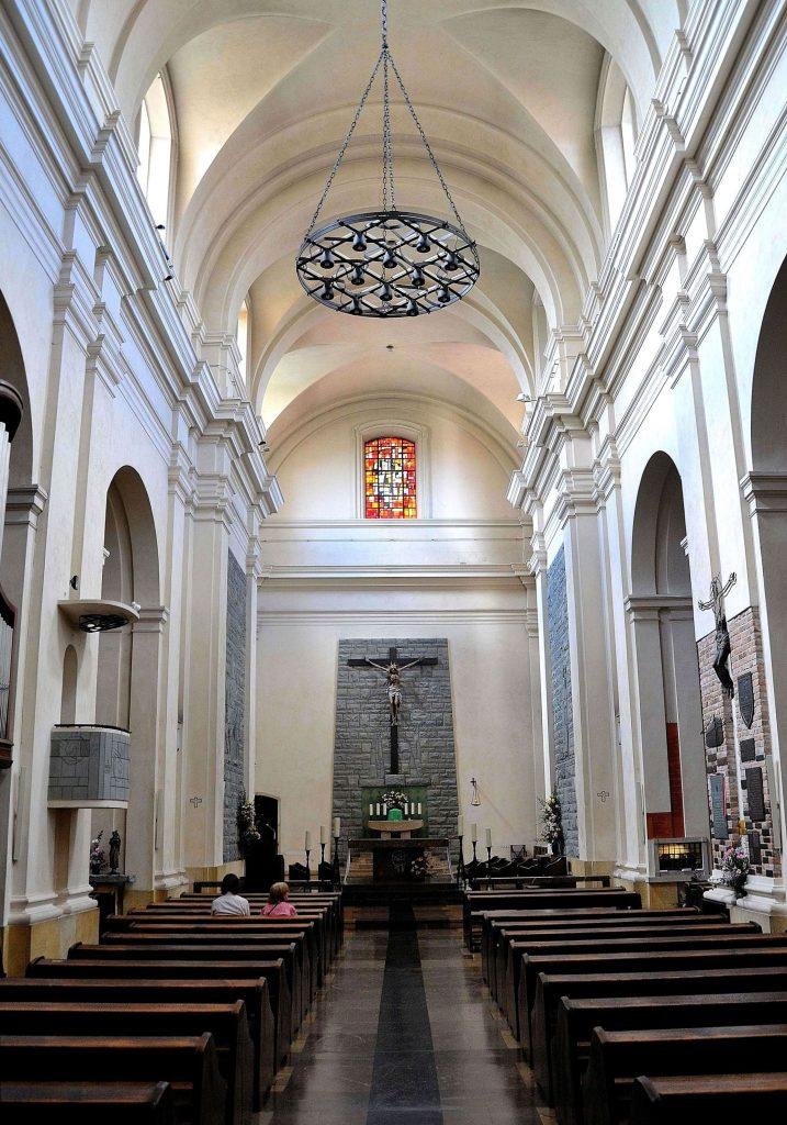 wnętrze kościoła św. Marcina na warszawskiej starówce