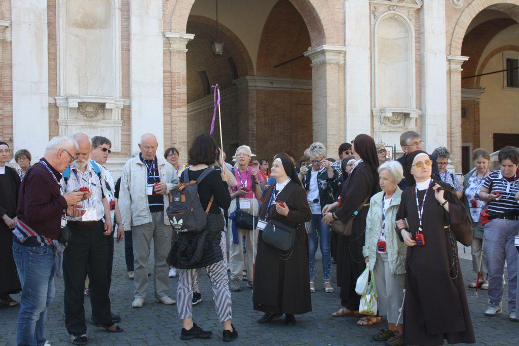 Zwiedzanie Loreto, Włochy 2019, pielgrzymka niewidomych